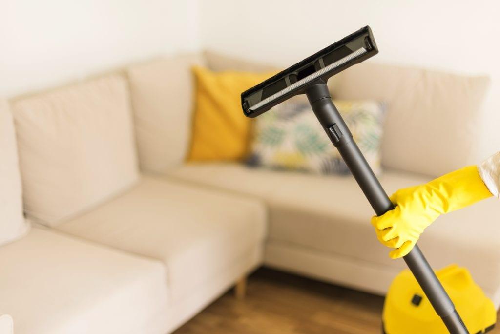 Huishoudelijke taken opdelen voor een schoon huis